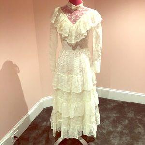 Vintage lace 70s dress